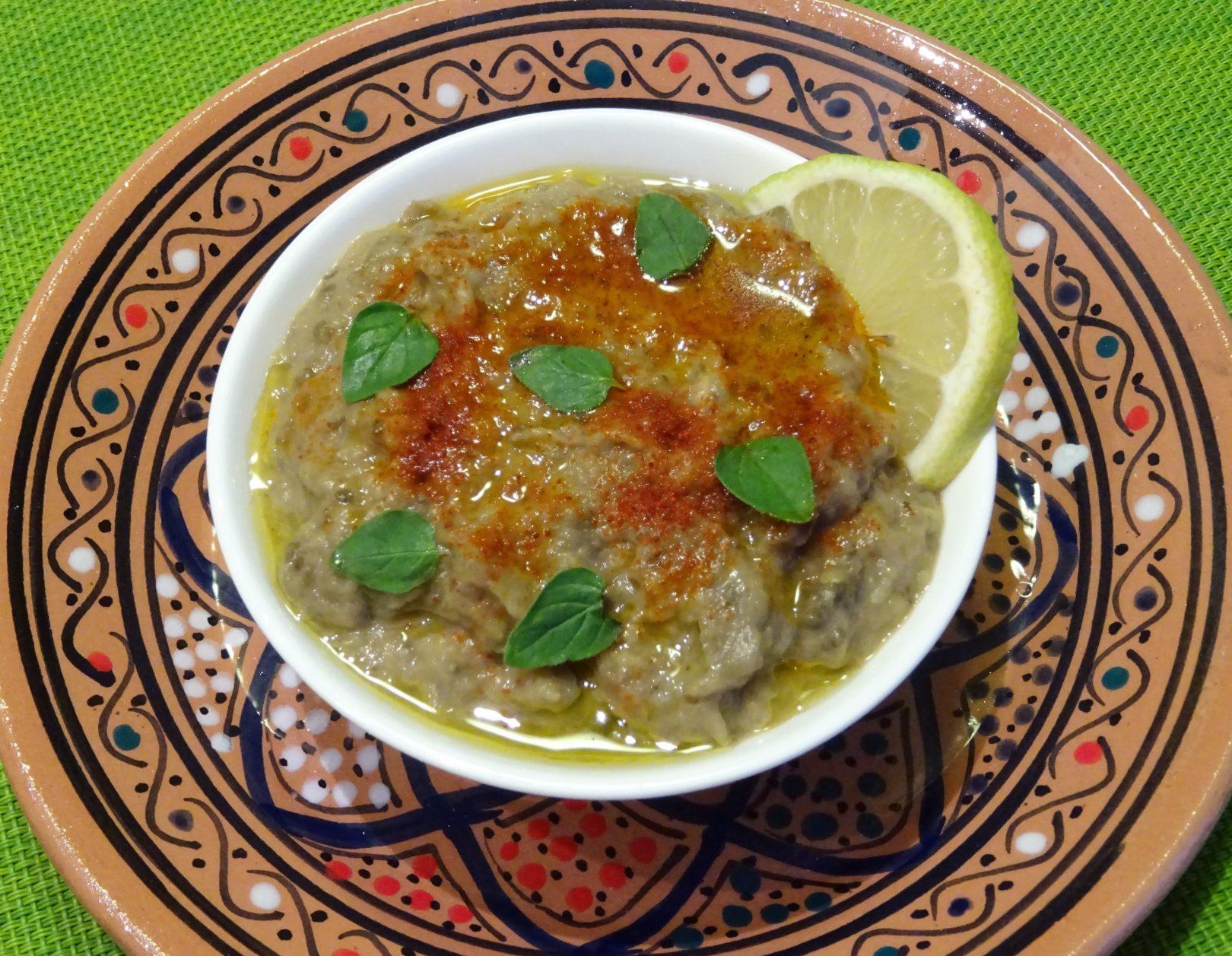 Babaganoush ovvero hummus di melanzane alla maniera mediorientale